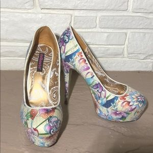Dollhouse Lornah platform heels